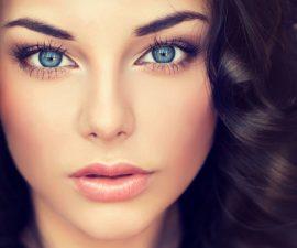 10 trucos de maquillaje para ojos azules