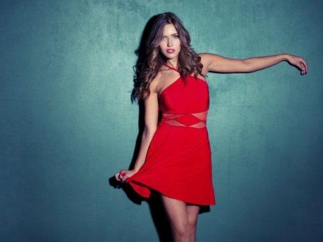 20 complementos para un vestido rojo estupendos