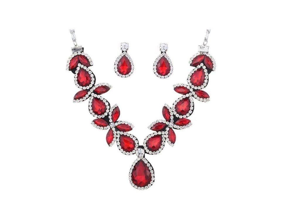 Collar con cristales rojos
