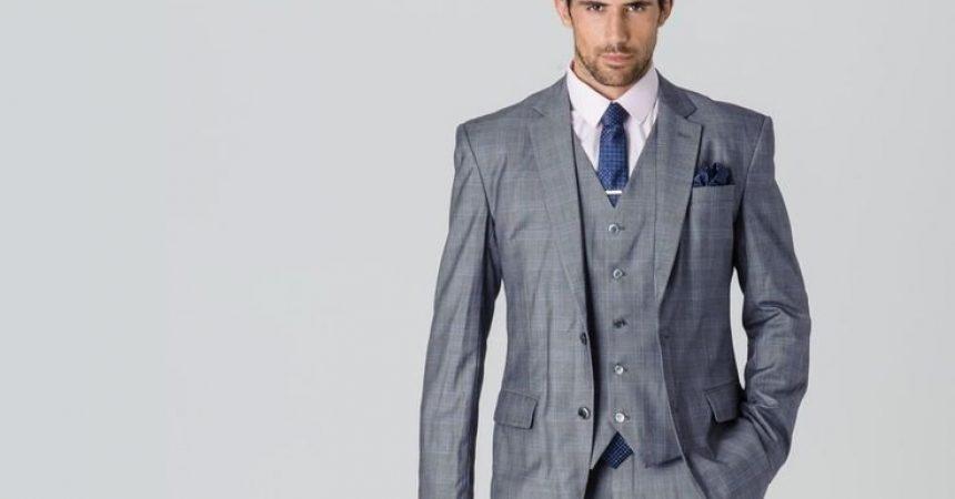 c827252b5d6a1 Cómo combinar un traje gris claro de hombre