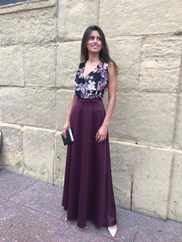 Falda larga violeta chic