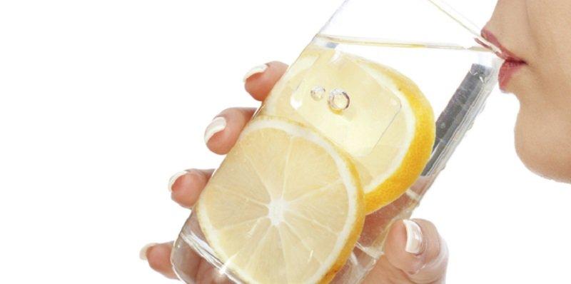 ¿El limón corta la regla?